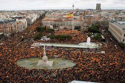 La España constitucional dice '¡basta ya!' al 'okupa' Sánchez y sus compinches