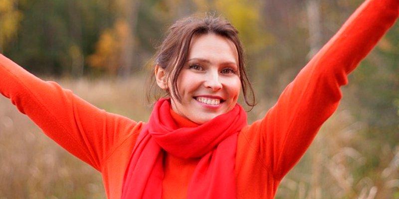 """El timo del pensamiento positivo: """"Ni las sonrisas curan, ni estar feliz es un tratamiento"""""""