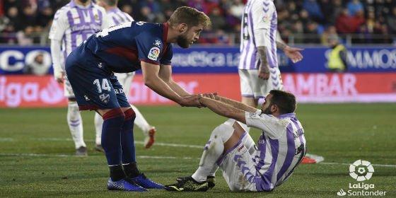 Un Real Valladolid perezoso se estrella en Huesca