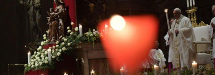 """El Papa, a los religiosos: """"La vida consagrada no es supervivencia, es vida nueva"""""""