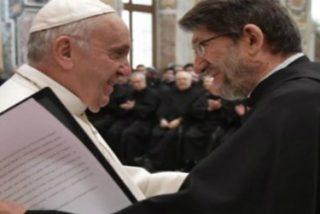"""Francisco: """"Transmitir la riqueza de la tradición es esencial para la Iglesia"""""""