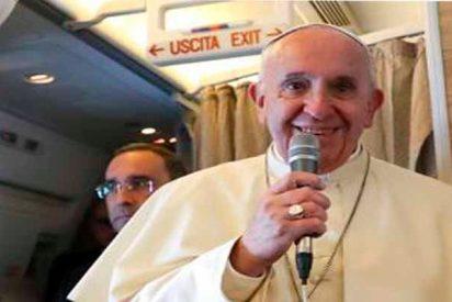 """El Papa Francisco y su venenoso comentario: """"Viajaría a España si primero se ponen de acuerdo ustedes"""""""