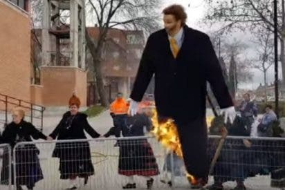 Las Águedas en Segovia queman una imagen de Abascal, líder de VOX