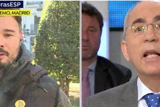 El insultante lloriqueo de Rufián en Antena3 se lleva un rapapolvo ejemplar del director de 'El Mundo'