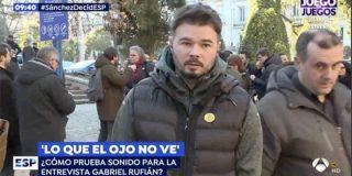Gabriel Rufián entra en estado de desquiciamiento cuando un fotógrafo le endilga la responsabilidad del bloqueo político en España