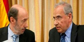 La claudicación de Sánchez ante los golpistas provoca pavor electoral entre los socialistas y activa al 'viejo PSOE'