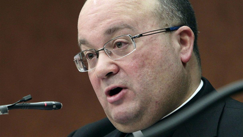 """Monseñor Scicluna: """"Daremos nuestras vidas"""" por las víctimas de abusos"""