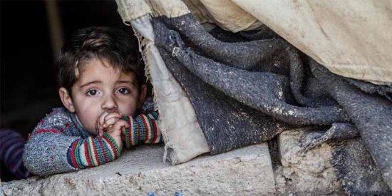 Más de 30 niños mueren de frío en un campo de refugiados en Siria