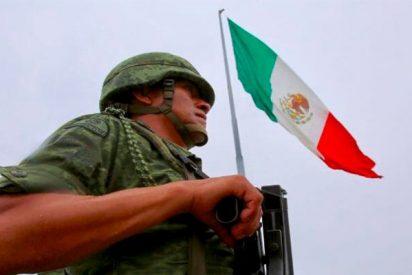 No te pierdas el vídeo de un soldado que vuela por los aires tras enredarse con una bandera