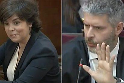 Sáenz de Santamaría 'se merienda' al abogado de Junqueras que intentaba hacerle el lío validando la república ficticia en la que creen