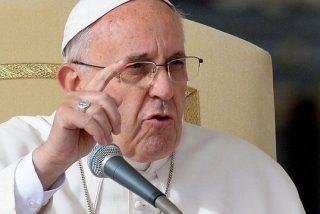 El Papa sustituye a un arzobispo conservador en su empeño de renovar la Iglesia