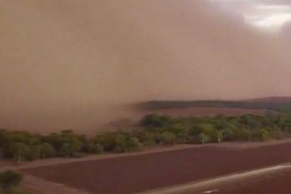 Esta espectacular tormenta de arena 'engulle' una localidad australiana