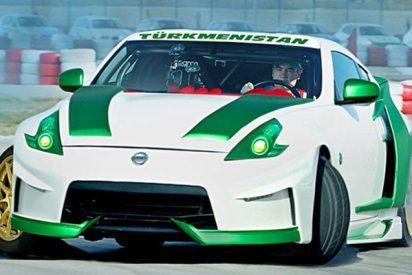 """El presidente de Turkmenistán se """"flipa"""" así conduciendo a todo gas"""