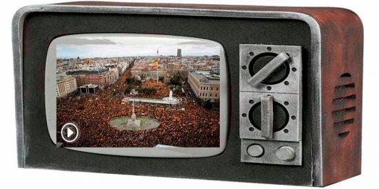 El Telediario de la TVE de Pedro y Pablo censuró la panorámica de la manifestación para que no se viera cuánta gente había