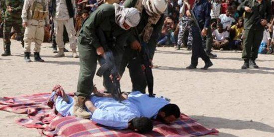Justicia Islámica: Brutales ejecuciones públicas entre vítores y flashes