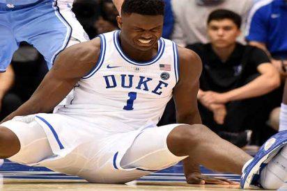 Una zapatilla 'Nike' lesiona a Zion Williamson, estrella del baloncesto universitario de EEUU