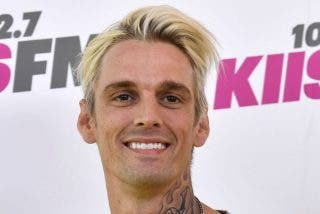 Aaron Carter destroza