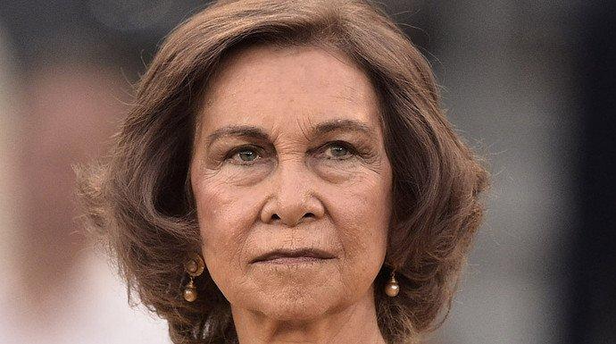 La Reina Sofía ocupa el lugar vdel ausente Rey Juan Carlos en el 80 cumpleaños de la Infanta Margarita