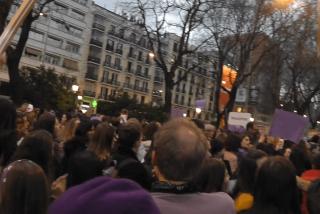 """PD en la murga feminazi del 8-M: """"Sola y borracha quiero llegar a casa"""""""