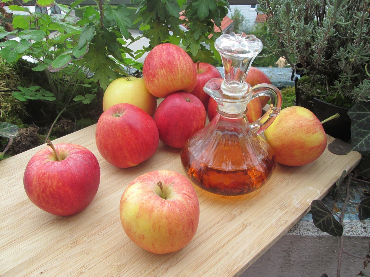 Cómo usar vinagre de manzana para la pie