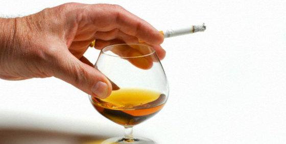 Sordera: Los menores de 50 años con pérdida de audición tienen más riesgo de abusar del alcohol y otras drogas