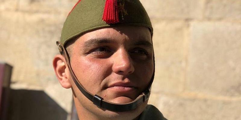 Fallece el legionario Alejandro Jiménez de un disparo fortuito en unas maniobras en Alicante