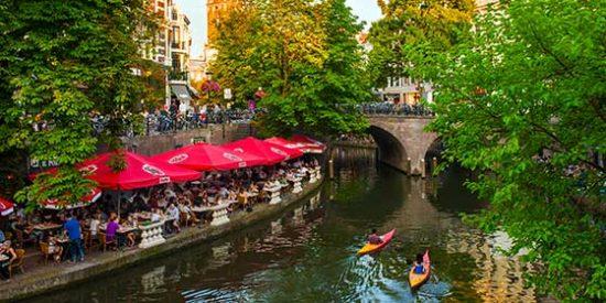Ocho destinos baratos para viajar este otoño