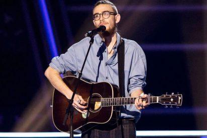 Andrés Martín, semifinalista de 'La Voz', vuelve a cantar en el Metro de Madrid