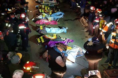Tráiler atropella así a decenas de personas y deja al menos 18 muertos en una carretera de Guatemala