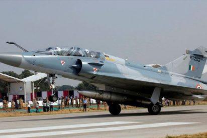 Este es el supuesto combate entre aviones de la India y Pakistán que algunos medios han publicado