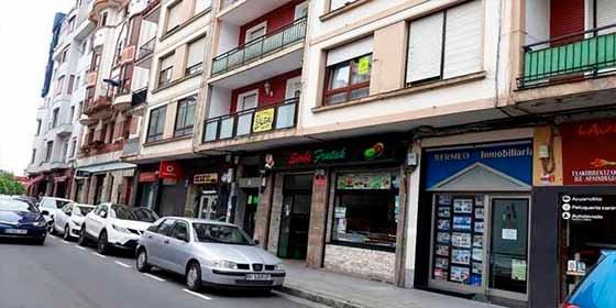 """""""Por una cazuela"""": Muere un joven de 23 años tras un incendio en su vivienda de Bermeo (Bizkaia)"""