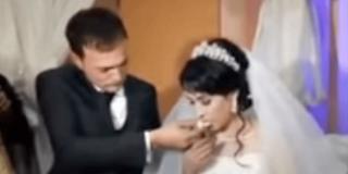 """La Agencia Tributaria interrumpe una boda diciendo a los novios: """"Venimos a embargar su boda"""""""