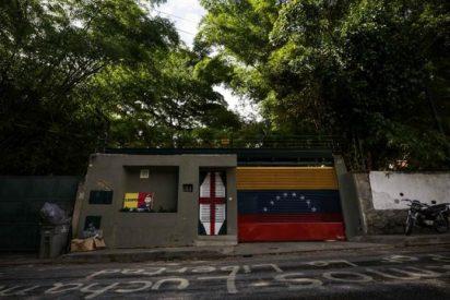 Horda chavista rodea la vivienda de Leopoldo López durante el apagón