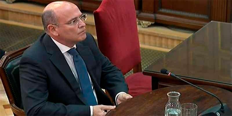 """Coronel Pérez de los Cobos: """"El dispositivo policial de los Mossos para el 1-O fue una estafa"""""""