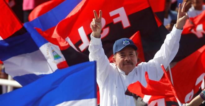 """El dictador Daniel Ortega reprime y detiene manifestantes en su proceso """"de diálogo"""""""
