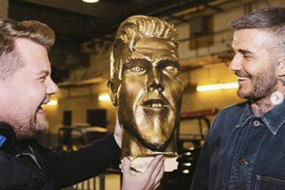 Esta broma a David Beckham sobre una estatua en su honor con los ojos bizcos se vuelve viral