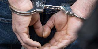 La Policía detiene a un tipo por grabar a mujeres desnudas, incluidas su mujer y su hija