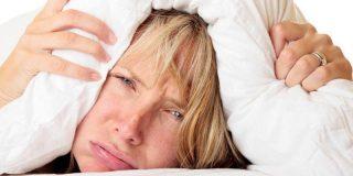 ¿Qué nos sabotea el sueño por la noche?
