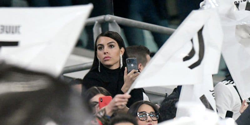 Georgina Rodríguez llora así en la grada mientras Ronaldo anota su 'hat-trick'