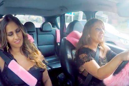 El impactante coche de Raquel, de los 'Gipsy Kings', con pestañas, rimmel y mucho pelo rosa