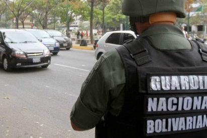 Colombia descubre otro espía chavista: detuvieron a un oficial con fotos de una base de la Armada
