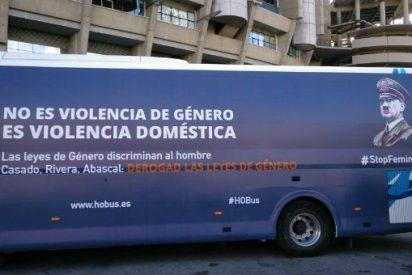 """Hazte Oír vuelve a la calles con una imagen de Hitler y rechazando a las """"feminazis"""""""