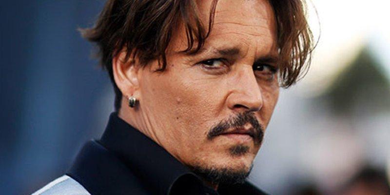 Johnny Depp demanda a Amber Heard por serle infiel con Elon Musk