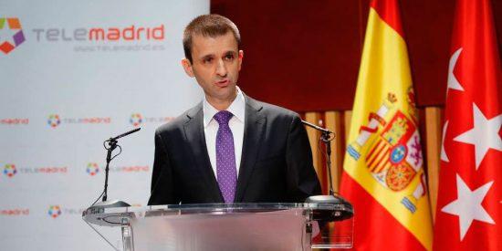 El realizador del debate de la Academia señala a José Pablo López tras ser despedido de Telemadrid: