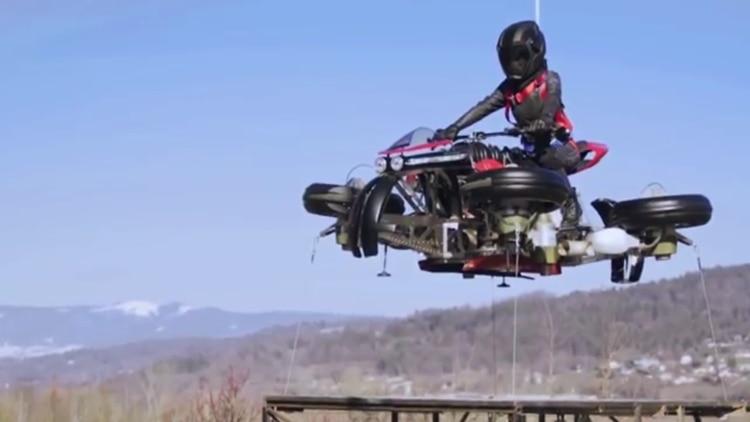 Las primeras motos voladoras saldrán a la venta en octubre