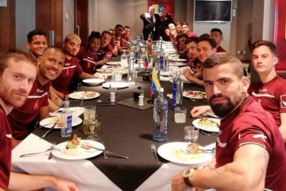 El DT de la selección venezolana pone su cargo a disposición porque los futbolistas apoyan a Guaidó