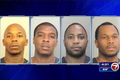 Cuatro torpes ladrones disfrazados de mujer son capturados tras atracar varias joyerías