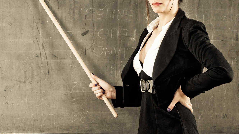 ¿Qué causa la 'epidemia' de maestras teniendo sexo con estudiantes?