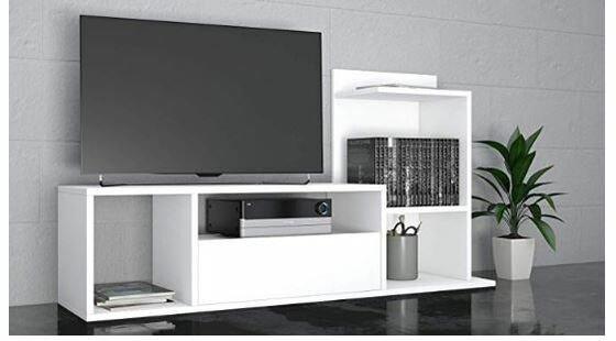 Mueble de TV color blanco con estantes