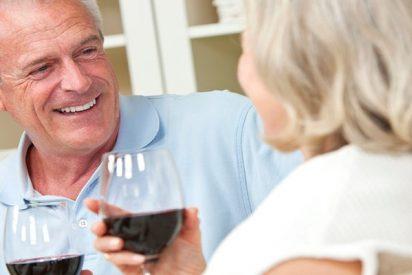 Depende de la edad a la que se beba el alcohol puede ser beneficioso